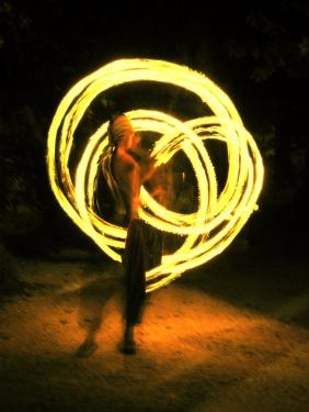 Juju danse avec le feu