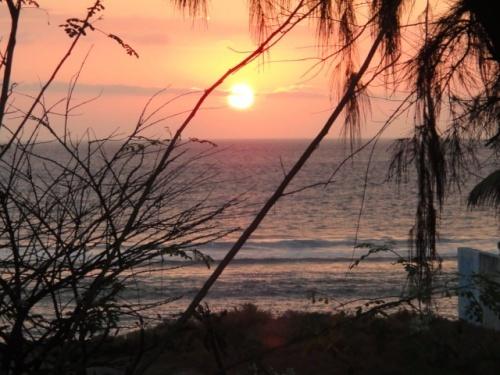 lagon au soleil couchant