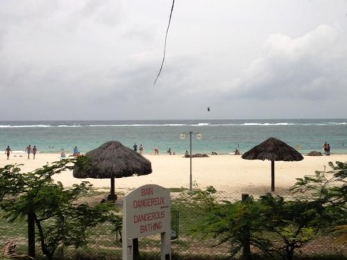 Kitesurfeur à la barrière de corail