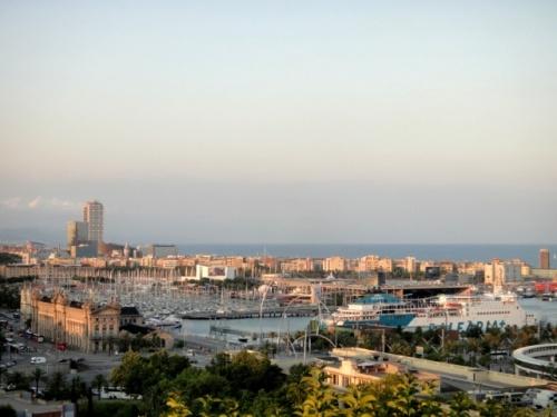 Vue sur le port de Barcelona