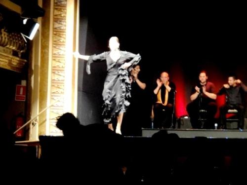 Une danseuse de flamenco fabuleuse