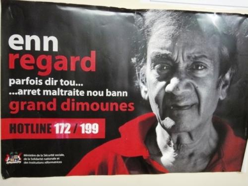 Affiche contre la maltraitance des personnes âgées