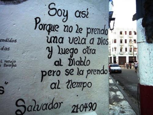 Poème sur le mur de la calle