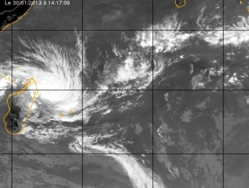 Felleng, cyclone tropical intense