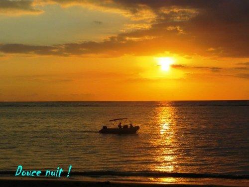 Le soleil va prendre son bain ;)