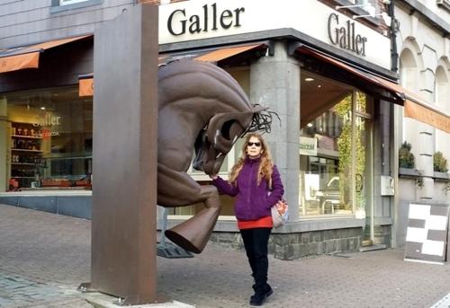 Câlin au cheval et dégustation chez Galler à Ciney (Belgique)
